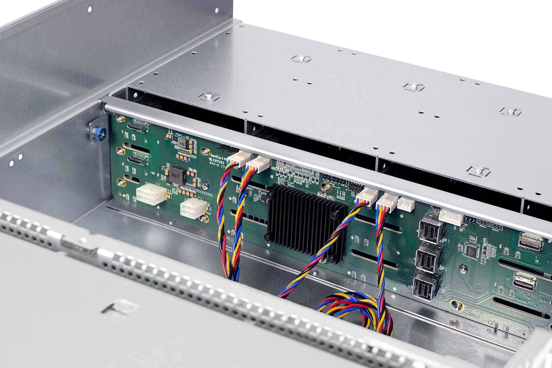 IW-RS436-07 - server system assembly